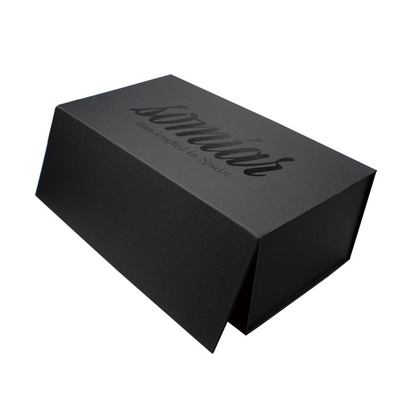 Exclusive black cardboard generous high end simple  fold over box