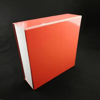 Simple and noble fashion shoese custom foldable boxes