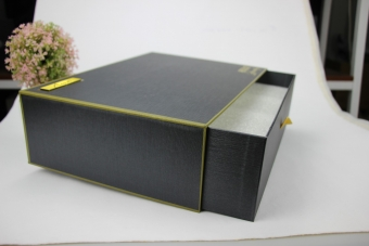 Luxury high end with sponge padding sliding cardboard box