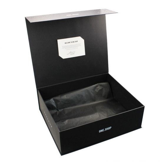 Black extra large magnetic gift boxes